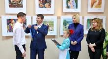 """Embedded thumbnail for Награждение победителей конкурса """"Дети рисуют мир"""" из Гагаузии"""